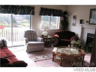 Photo 2: 1338 Prillaman Ave in VICTORIA: SW Interurban Single Family Detached for sale (Saanich West)  : MLS®# 511178