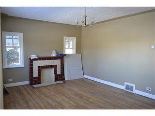 Photo 3: 639 12 Avenue NE in CALGARY: Renfrew Regal Terrace Residential Detached Single Family for sale (Calgary)  : MLS®# C3549703