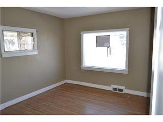 Photo 5: 639 12 Avenue NE in CALGARY: Renfrew Regal Terrace Residential Detached Single Family for sale (Calgary)  : MLS®# C3549703
