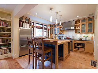 "Photo 6: 4550 W 7TH Avenue in Vancouver: Point Grey House for sale in ""POINT GREY"" (Vancouver West)  : MLS®# V990504"
