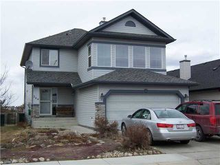 Photo 1: 264 FAIRWAYS Bay NW: Airdrie Residential Detached Single Family for sale : MLS®# C3564645