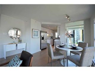 Photo 3: 1105 1155 HOMER Street in Vancouver West: Yaletown Home for sale ()  : MLS®# V961853