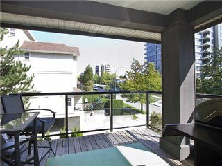 "Photo 11: 313 7000 21ST Avenue in Burnaby: Highgate Townhouse for sale in ""VILLETTA"" (Burnaby South)  : MLS®# V1026981"