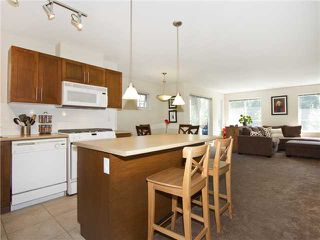 "Photo 5: 313 7000 21ST Avenue in Burnaby: Highgate Townhouse for sale in ""VILLETTA"" (Burnaby South)  : MLS®# V1026981"