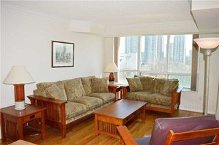 Photo 2: 934 125 Omni Drive in Toronto: Bendale Condo for sale (Toronto E09)  : MLS®# E4115204
