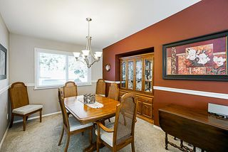 Photo 5: 19895 50A AVENUE in Langley: Langley City House for sale : MLS®# R2342291