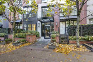 "Photo 1: 301 1241 HOMER Street in Vancouver: Yaletown Condo for sale in ""1241 HOMER"" (Vancouver West)  : MLS®# R2388416"