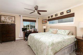 Photo 15: OCEANSIDE House for sale : 3 bedrooms : 913 Vine St.