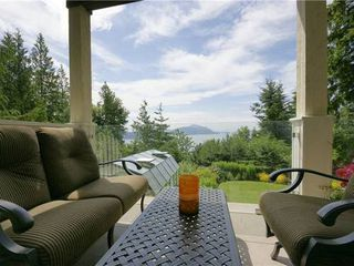 Photo 7: 190 MOUNTAIN Drive in West Vancouver: Home for sale : MLS®# V903436