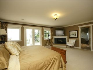 Photo 9: 190 MOUNTAIN Drive in West Vancouver: Home for sale : MLS®# V903436