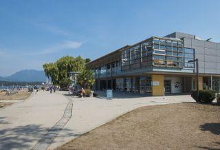 "Photo 32: 301 2255 YORK Avenue in Vancouver: Kitsilano Condo for sale in ""BEACH HOUSE"" (Vancouver West)  : MLS®# R2458588"