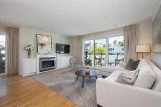 "Main Photo: 301 2255 YORK Avenue in Vancouver: Kitsilano Condo for sale in ""BEACH HOUSE"" (Vancouver West)  : MLS®# R2458588"