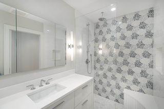 "Photo 10: 301 2255 YORK Avenue in Vancouver: Kitsilano Condo for sale in ""BEACH HOUSE"" (Vancouver West)  : MLS®# R2458588"