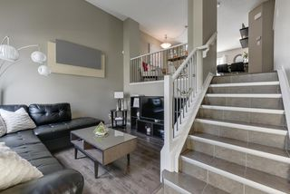 Photo 3: 38 1140 CHAPPELLE Boulevard in Edmonton: Zone 55 Townhouse for sale : MLS®# E4199092