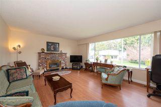 Photo 2: 5456 6A Avenue in Delta: Tsawwassen Central House for sale (Tsawwassen)  : MLS®# R2462672