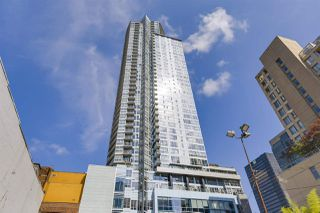 "Photo 1: 2705 833 SEYMOUR Street in Vancouver: Downtown VW Condo for sale in ""Capitol Residences"" (Vancouver West)  : MLS®# R2481905"