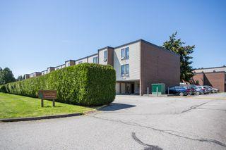 "Photo 1: 41 10200 4TH Avenue in Richmond: Steveston North Townhouse for sale in ""MANOAH VILLAGE"" : MLS®# R2485817"
