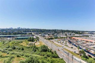 """Photo 3: 1806 4118 DAWSON Street in Burnaby: Brentwood Park Condo for sale in """"TANDEM"""" (Burnaby North)  : MLS®# R2490080"""