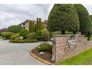 "Photo 1: 210 7631 STEVESTON Highway in Richmond: Broadmoor Condo for sale in ""ADMIRAL'S WALK"" : MLS®# R2507896"