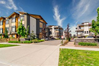 """Photo 2: 30 7811 209 Avenue in Langley: Willoughby Heights Townhouse for sale in """"EXCHANGE"""" : MLS®# R2510009"""