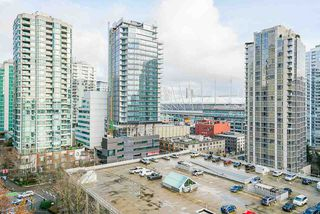 """Photo 23: 1407 977 MAINLAND Street in Vancouver: Yaletown Condo for sale in """"YALETOWN PARK 3"""" (Vancouver West)  : MLS®# R2524539"""
