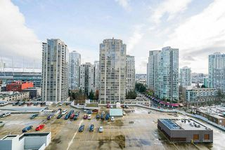 """Photo 21: 1407 977 MAINLAND Street in Vancouver: Yaletown Condo for sale in """"YALETOWN PARK 3"""" (Vancouver West)  : MLS®# R2524539"""