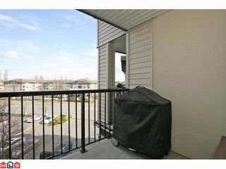 "Photo 9: 401 5759 GLOVER Road in Langley: Langley City Condo for sale in ""College Court"" : MLS®# F1207206"