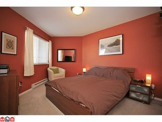 "Photo 7: 401 5759 GLOVER Road in Langley: Langley City Condo for sale in ""College Court"" : MLS®# F1207206"