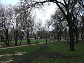 Photo 18: 330 Traverse Avenue in WINNIPEG: St Boniface Condominium for sale (South East Winnipeg)  : MLS®# 1206892