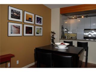"""Photo 7: 219 580 RAVENWOODS Drive in North Vancouver: Roche Point Condo for sale in """"SEASONS"""" : MLS®# V946997"""