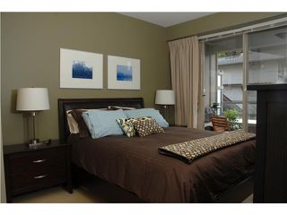 """Photo 9: 219 580 RAVENWOODS Drive in North Vancouver: Roche Point Condo for sale in """"SEASONS"""" : MLS®# V946997"""