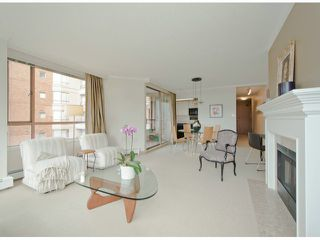 Photo 3: # 408 15111 RUSSELL AV: White Rock Condo for sale (South Surrey White Rock)  : MLS®# F1305605