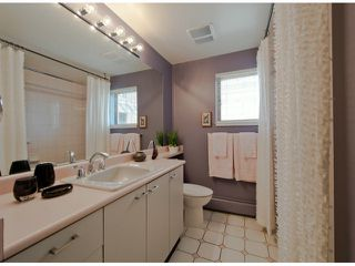 Photo 10: # 408 15111 RUSSELL AV: White Rock Condo for sale (South Surrey White Rock)  : MLS®# F1305605