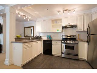 "Photo 10: # 105 2036 YORK AV in Vancouver: Kitsilano Condo for sale in ""THE CHARLESTON"" (Vancouver West)  : MLS®# V1013935"
