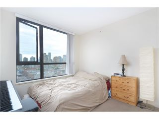 "Photo 11: # 1907 977 MAINLAND ST in Vancouver: Yaletown Condo for sale in ""YALETOWN PARK III"" (Vancouver West)  : MLS®# V1015117"