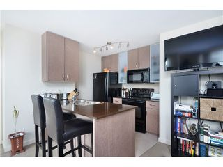 "Photo 3: # 1907 977 MAINLAND ST in Vancouver: Yaletown Condo for sale in ""YALETOWN PARK III"" (Vancouver West)  : MLS®# V1015117"