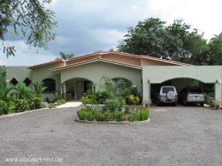 Photo 1: Mountain Home in La Chorrera For sale