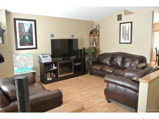 Photo 4: ROBSON ST in Winnipeg: Residential for sale : MLS®# 1312001
