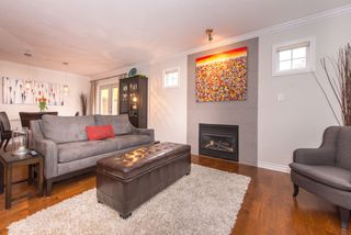 Photo 3: 2608 ST. CATHERINES STREET in Vancouver: Mount Pleasant VE House 1/2 Duplex for sale (Vancouver East)  : MLS®# R2009853