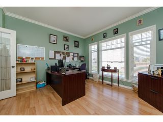 Photo 10: 27908 BUFFER CRESCENT in Abbotsford: House for sale : MLS®# R2050857