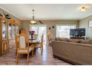 Photo 7: 27908 BUFFER CRESCENT in Abbotsford: House for sale : MLS®# R2050857