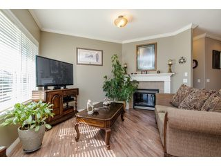 Photo 8: 27908 BUFFER CRESCENT in Abbotsford: House for sale : MLS®# R2050857