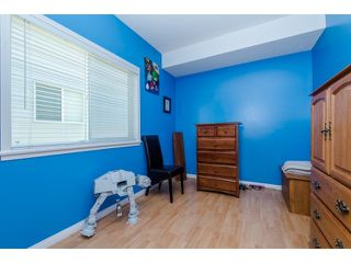 Photo 18: 27908 BUFFER CRESCENT in Abbotsford: House for sale : MLS®# R2050857