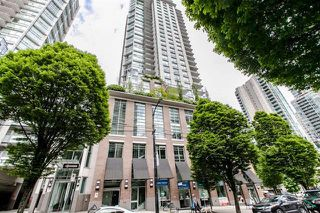 Photo 1: Vancouver West in Downtown VW: Condo for sale : MLS®# R2063557