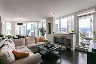 Photo 3: Vancouver West in Downtown VW: Condo for sale : MLS®# R2063557