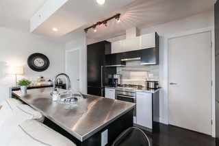Photo 8: Vancouver West in Downtown VW: Condo for sale : MLS®# R2063557