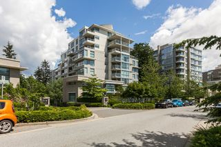 Main Photo: 402 9262 UNIVERSITY CRESCENT in Burnaby: Simon Fraser Univer. Condo for sale (Burnaby North)  : MLS®# R2073171