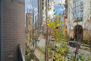 Photo 4: 204 1295 Richards Street in Vancouver: Downtown VW Condo for sale (Vancouver West)  : MLS®# r2124812