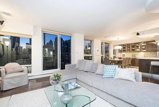Photo 13: 801 1383 MARINASIDE CRESCENT in Vancouver: Yaletown Condo for sale (Vancouver West)  : MLS®# R2244068