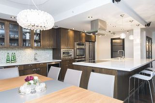 Photo 12: 801 1383 MARINASIDE CRESCENT in Vancouver: Yaletown Condo for sale (Vancouver West)  : MLS®# R2244068